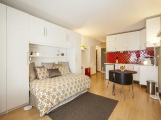 Historical Cascais Apartment 2 - Cascais vacation rentals