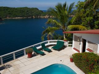 Acapulco Private Oceanfront House near Cliff Diver - Acapulco vacation rentals