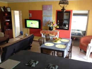 Stilbaai, Western Cape, Apartment, Sleeps 8 & DSTV - Western Cape vacation rentals