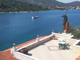 Apartments Villa Carmen - Vinisce vacation rentals