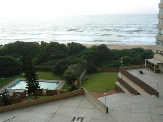 Beach holiday apartment with terrific ocean views - Amanzimtoti vacation rentals