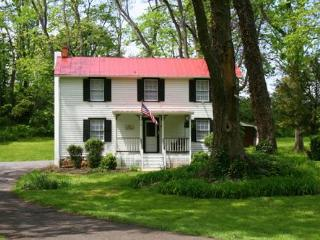 Philip Sheridan Cottage Historic Rosemont Manor - Purcellville vacation rentals