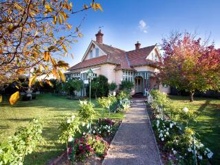Dalfruin Heritage Bed and Breakfast - Bairnsdale vacation rentals
