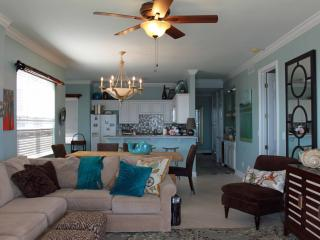 Regency Isle - Beautiful Corner Unit 3Br/3.5B Spectacular Views Book 6 nights 7th free - Gulf Shores vacation rentals