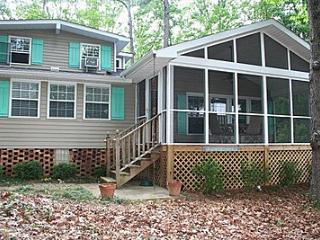 Copper Cottage Lake Daze Rental - Lincolnton vacation rentals