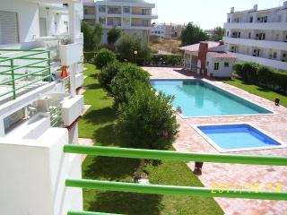 Lovely  holiday apartment for 6 persons at seaside - Albufeira vacation rentals