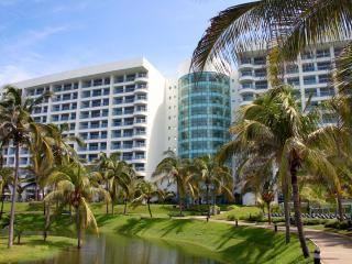 Grand Mayan Grand Master Suite- 2 BR: Acapulco, MX - Acapulco vacation rentals