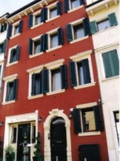 Exterior - Franciscus guest house Verona, your room in Verona, sleep in Verona, - Verona - rentals