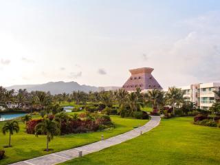 Mayan Palace Master Suite - 2 BR: Acapulco, Mexico - Acapulco vacation rentals