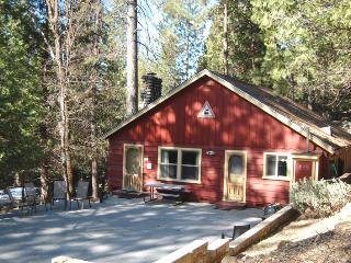 (16B) Charlottes' Station - High Sierra vacation rentals