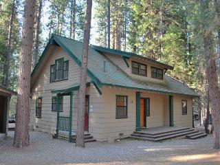 (1A) Wawona Retreat - Yosemite National Park vacation rentals