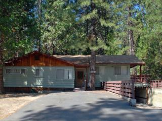 (27A) Pine Crest - High Sierra vacation rentals