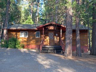 (39) River Song - Yosemite National Park vacation rentals