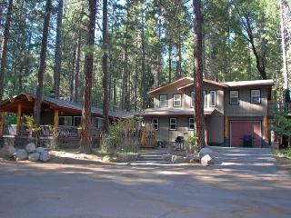 (4A) Hummingbird Nest/Haven - Midpines vacation rentals