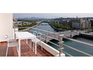 Okendo Terrace | Great terrace & next to the beach - Basque vacation rentals