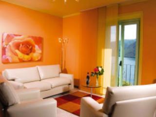 Villa L'Antica Colonia on Lake Orta: cottage for 4 people - Pettenasco vacation rentals