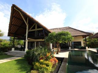 Villa Baruna - Bali Beach Villa - Singaraja vacation rentals