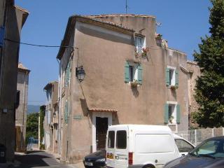 Maison d'Aramis - Autignac vacation rentals