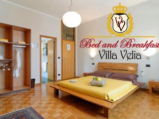 Villa in Tuscany near Montepulciano and Vald'Orcia - Sarteano vacation rentals