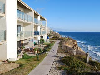Solana Beach Town house on Ocean Front Complex - Solana Beach vacation rentals