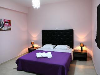 Apartment to Rent in Nafplion - up to 4 persons - Epidavros vacation rentals