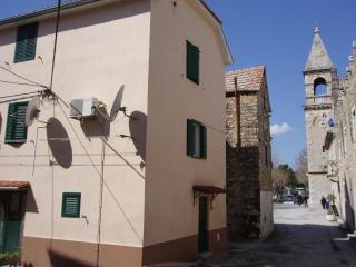 Two-story apartment in the center of the village - Split-Dalmatia County vacation rentals