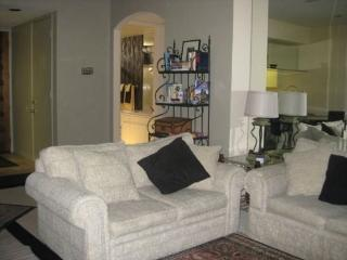 ONE BEDROOM CONDO ON DESERT PRINCESS DRIVE - 1CSCH - Palm Springs vacation rentals