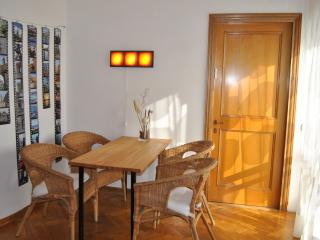 Ginevra's apartment with balcony - Florence vacation rentals