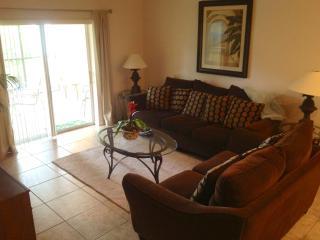 2 Bed Ground Floor  Lake View NOV & DEC  SPECIALS - Davenport vacation rentals