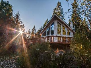 Mtn View,access to Sandy River-HotTub-Book Now get 3rd night Free thru May 20 - Rhododendron vacation rentals