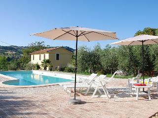 Agriturismo Il Melograno - San Costanzo vacation rentals
