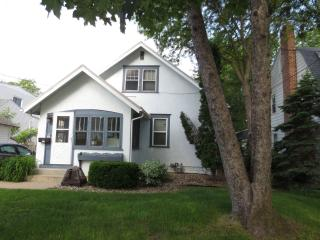 Short Term Rental 3 Blocks from Mayo Clinic - Rochester vacation rentals