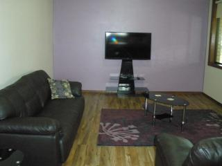 Benalla, Apartment 3 bedroom accom, Holiday - Benalla vacation rentals