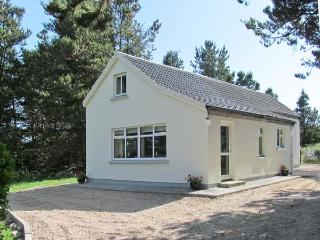 CARNA CHALET, en-suite facilities, close to the coast, open plan accommodation, in Carna, Ref. 25842 - Callan vacation rentals