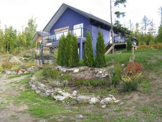 Chaganjuu Retreat - Shuswap Lake BC Canada - Seymour Arm vacation rentals
