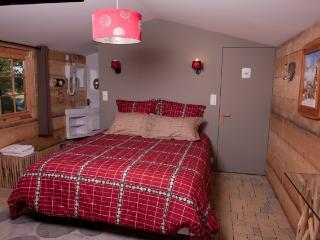 MANOIR DESNACHEZ chambre GALAHAD - Plessala vacation rentals