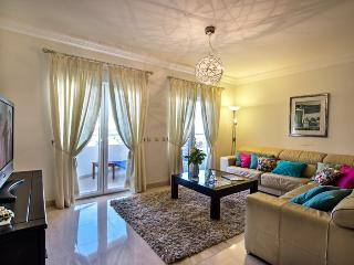 Beautiful 5* spacious Apartment, Lagos, Portugal - Almadena vacation rentals