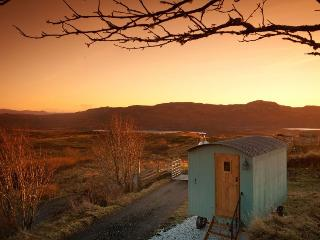 Skye Shepherd Huts BOTHAN BEILEAG-unique peaceful - Ord vacation rentals