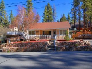 Big Bear Lake 3BR house near lake and ski slopes - Big Bear Lake vacation rentals