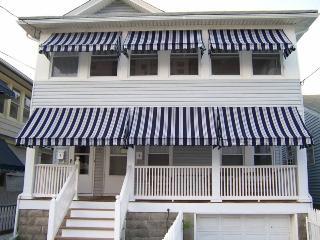 Pretty beach house apartment; front porch w/views! - Ocean Grove vacation rentals