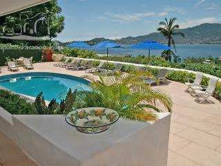 ACA - DRO06 - Multi-level villa with great service and exquisite bay views - Acapulco vacation rentals
