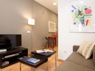 Sagrada Familia apartment - Catalonia vacation rentals