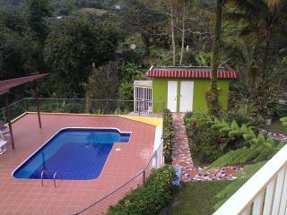 Casa de Campo La Jibarita! (sleeps - 13) - Orocovis vacation rentals