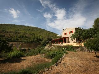 A taste of life in the mountains of Spain. - Gandia vacation rentals