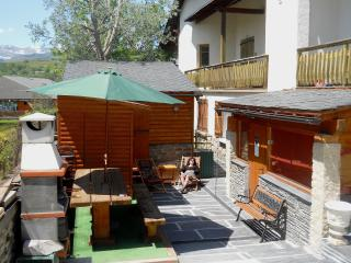 CHALETCERDAN, your charming & peaceful vacation rental for 6 people with Ski locker, sauna, BBQ and fireplace - Font-Romeu vacation rentals