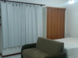 Kitchenette Studio 25m2 Brasilia Kitinete - Brasilia vacation rentals