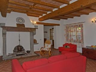 Casa Torchi - Restored barn with 6 sleeps - Molazzana vacation rentals