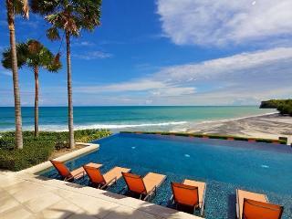 Amazing Beachfront Condo - Rio Mar, Panama - Sora vacation rentals