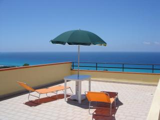 Italian holiday apartment with unspoilt sea views - Capo Vaticano vacation rentals
