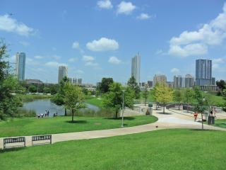 Beautiful Townhome Walk to Downtown Austin & SOCO - Austin vacation rentals